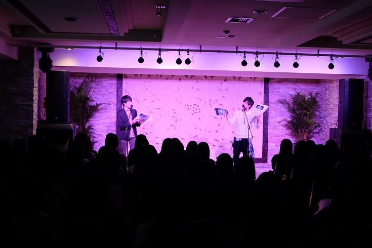 大喜びの増田俊樹さん、戸惑う田丸篤志さん